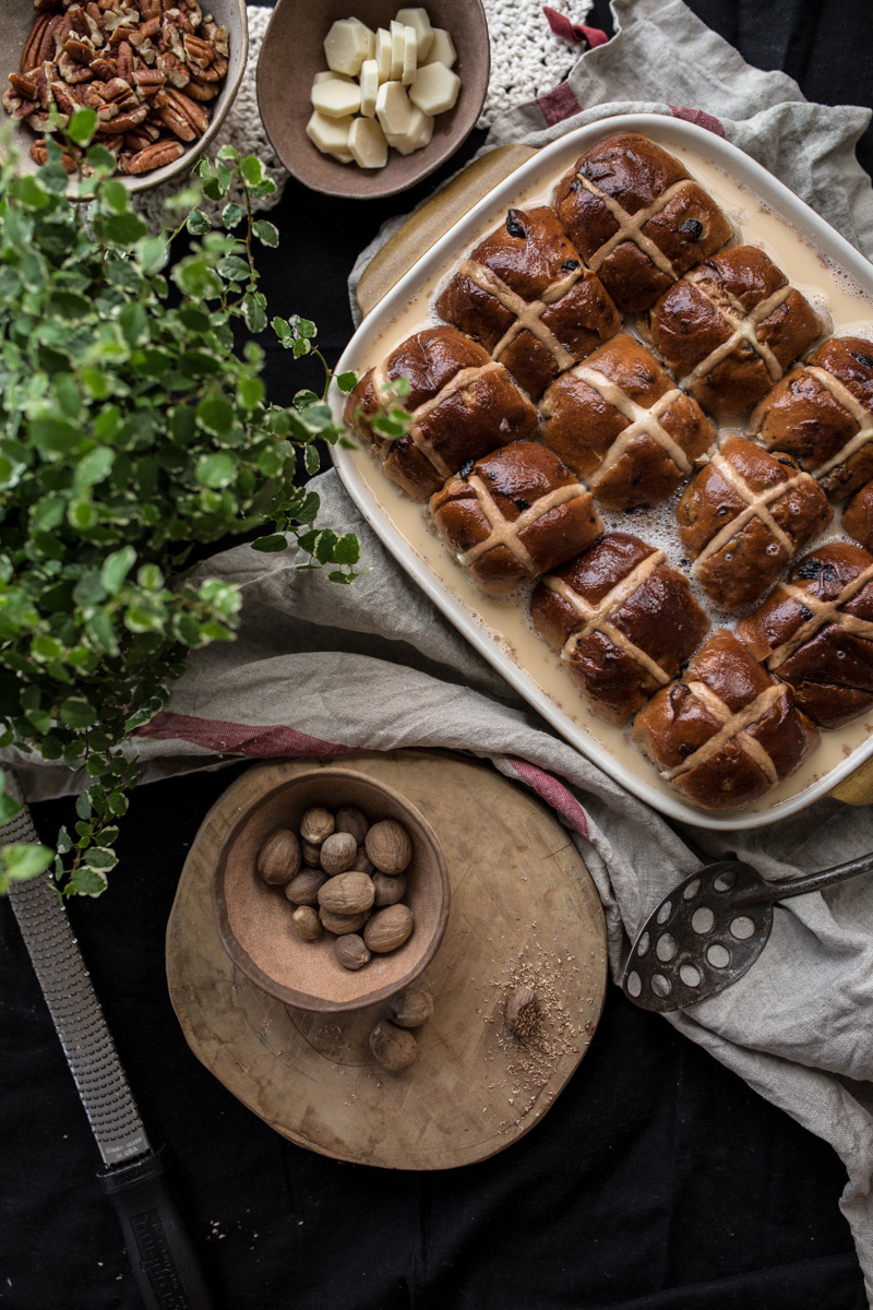 Hot Cross Bun And Nutmeg Tray Bake - Cook Republic