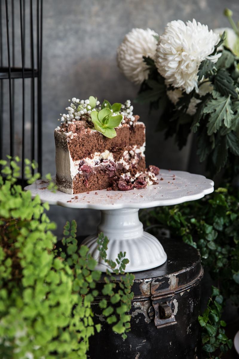 巧克力樱桃蛋糕-库克共和国William Hill娱乐