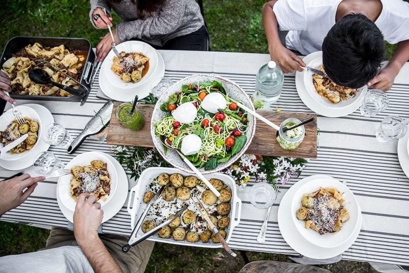 羊肉拉骨配帕帕德莱慢煮粘腿-春季花园聚会/烹饪共和国威廉希尔官网