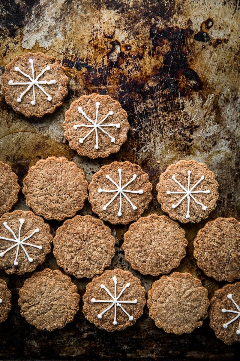Vegan Gingerbread Tahini Cookie - Cook Republic #vegan #baking #glutenfree #foodphotography