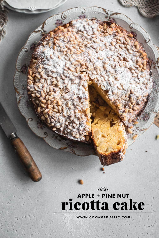 苹果松仁乳清干酪蛋糕-烹饪共和国William Hill娱乐