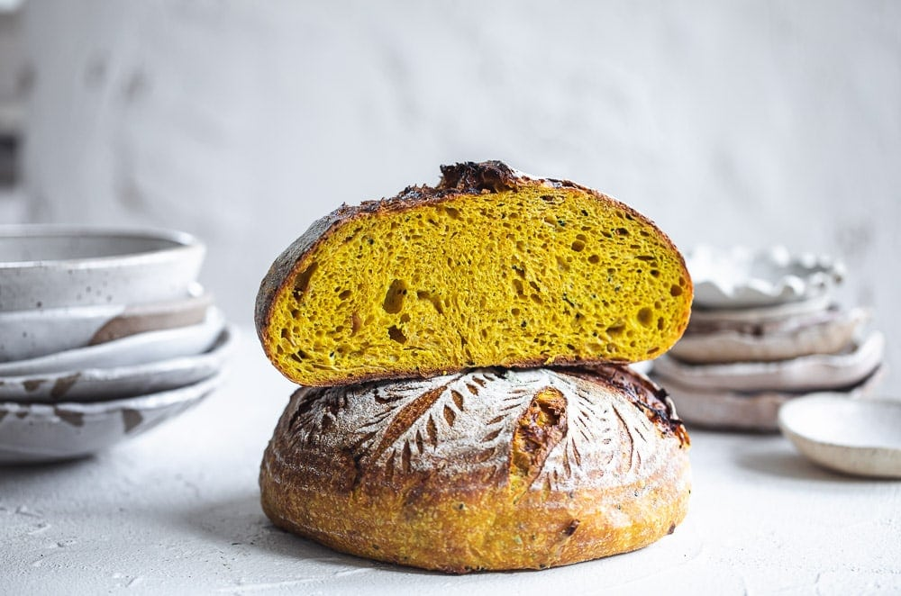 Turmeric Sourdough Bread With Caramelised Onion And Nigella Seeds - Cook Republic #sourdough #turmericsourdough #sourdoughrecipe